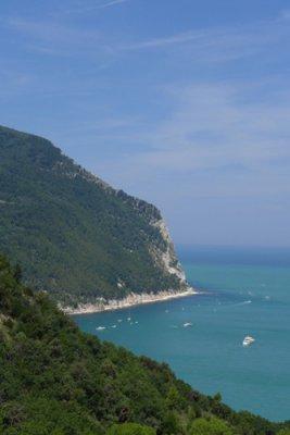 Marche kustlijn Monte Conero
